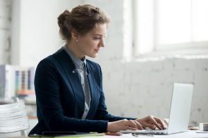 Lenovo ThinkPad E14 to laptop, któremu zaufały tysiące przedsiębiorców na całym świecie